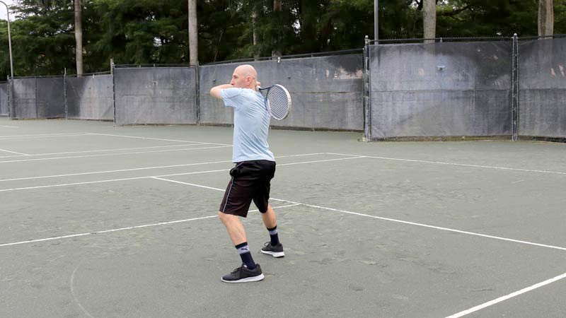 Backhand Swinging Volley (4)